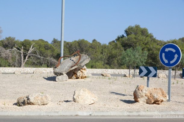 Portopetro Kreisverkehrkunst