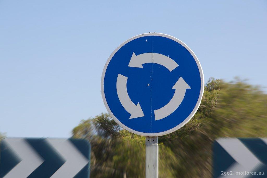 Kreisverkehrschild