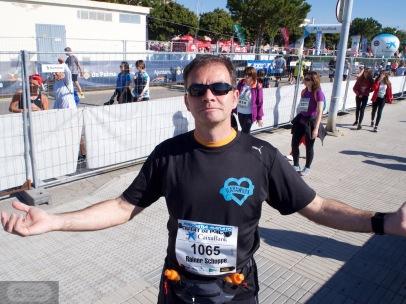Trainiert, voller Energie und mit der Kraft der Sonne - Kann losgehen - Rainer vor dem Start zum Lauf in Palma