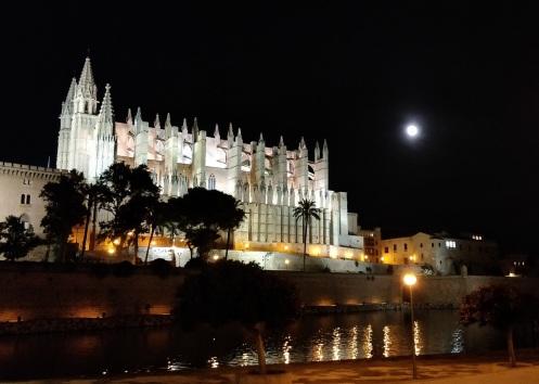 La Seu bei Nacht • Palma de Mallorca
